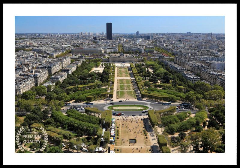 Paris Champs De Mars Sample Frame