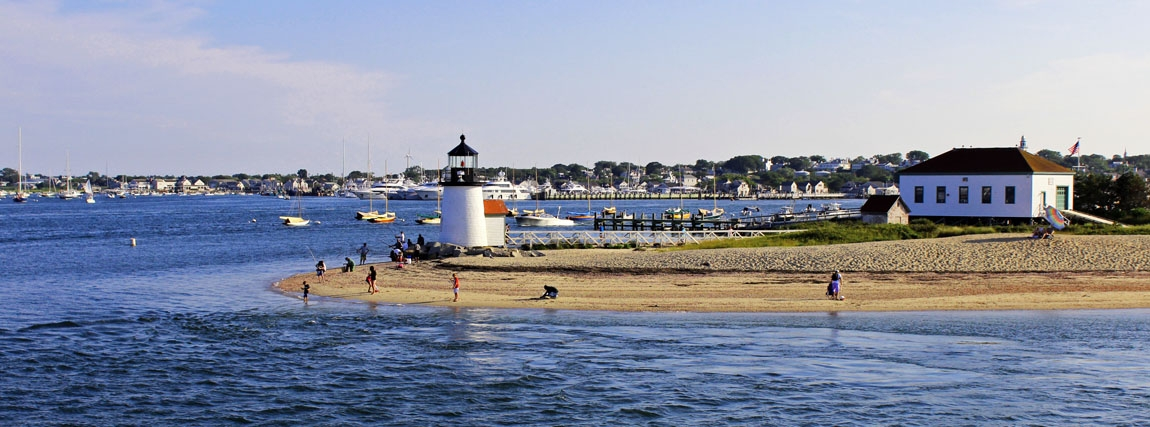 nantucket-ma-harbor