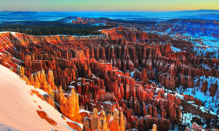 bryce canyon in winter - peter lik inspired canyon glow